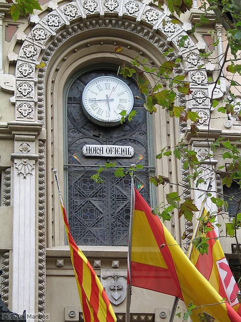 Barcelona La hora oficial - Primer reloj público Barcelona
