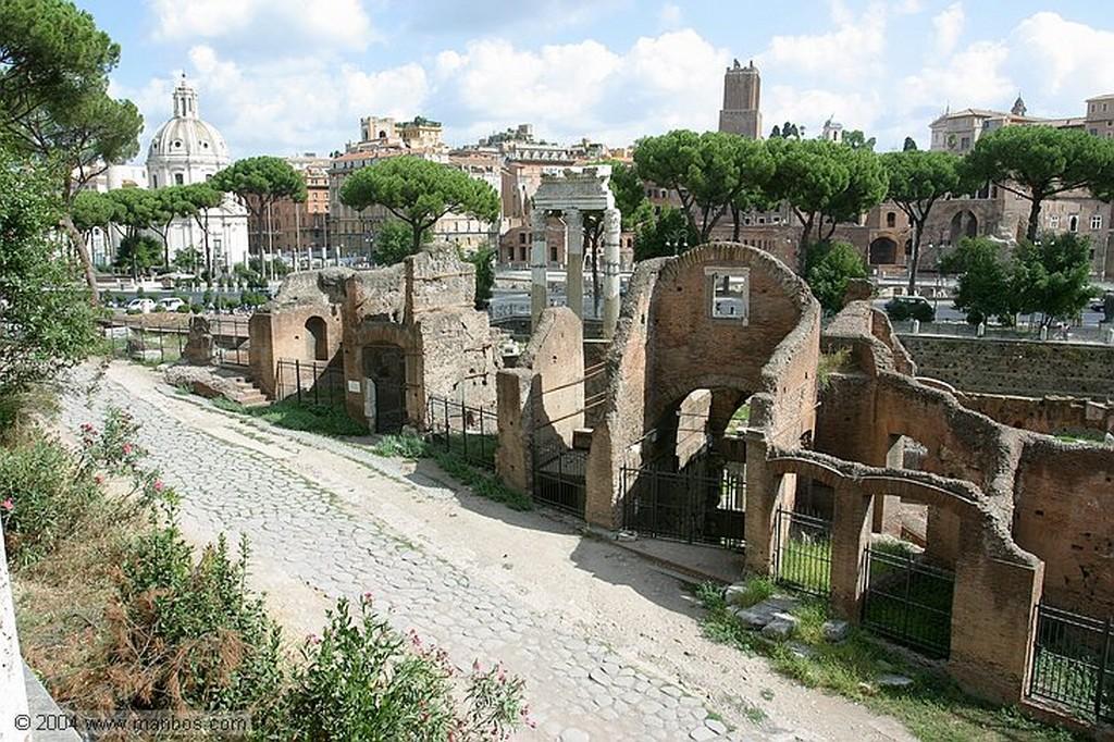 Roma Iglesia Santa Luca e Martina Roma
