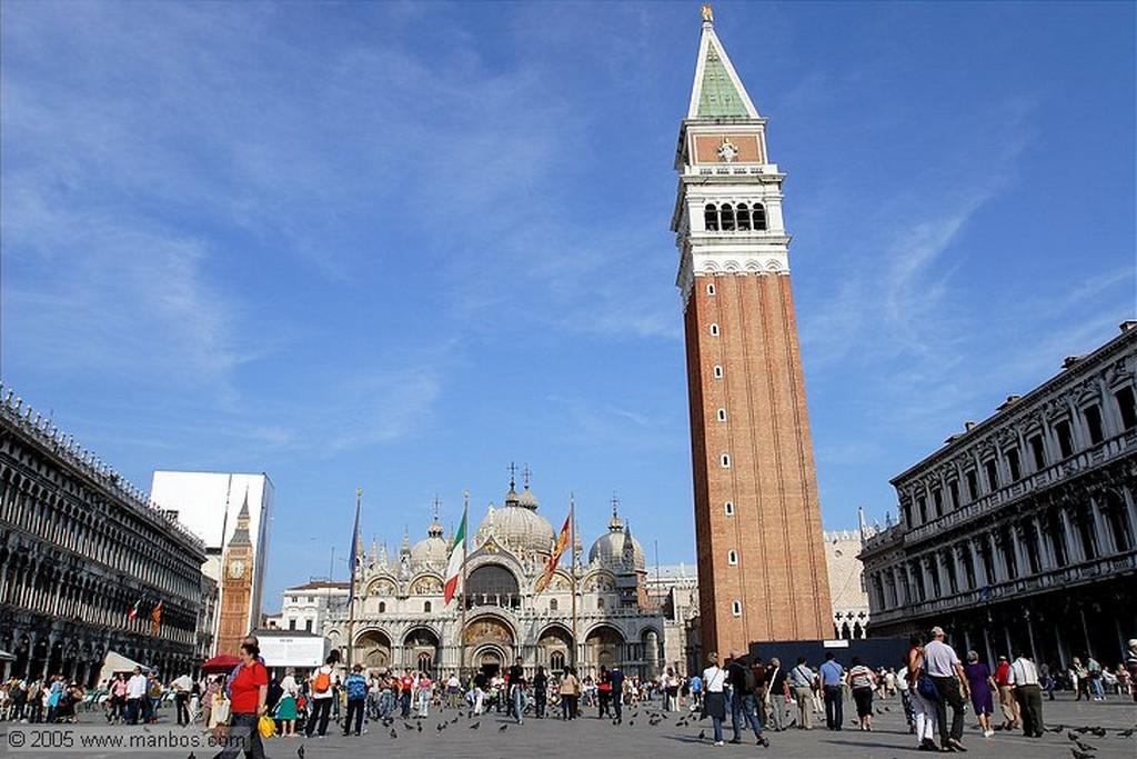 Venecia Comprando comida para las palomas Venecia