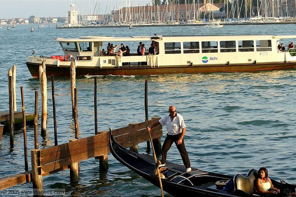 Venecia Trafico fluvial? Venecia
