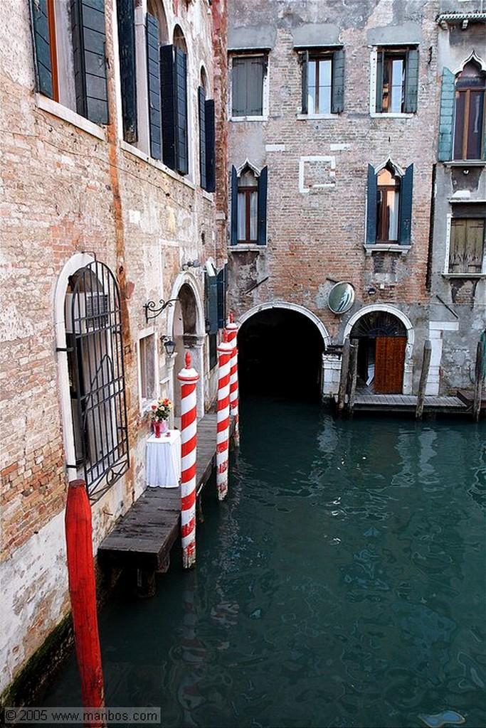 Venecia Campanil de la Iglesia San Giorgio dei Greci Venecia