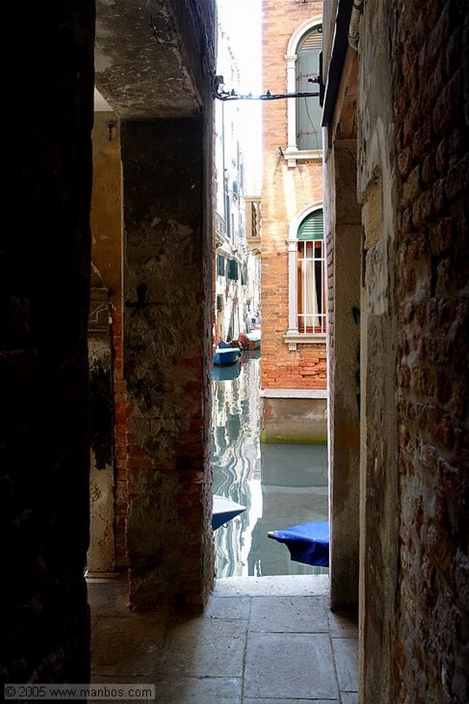 Venecia Reflejos en el canal Venecia