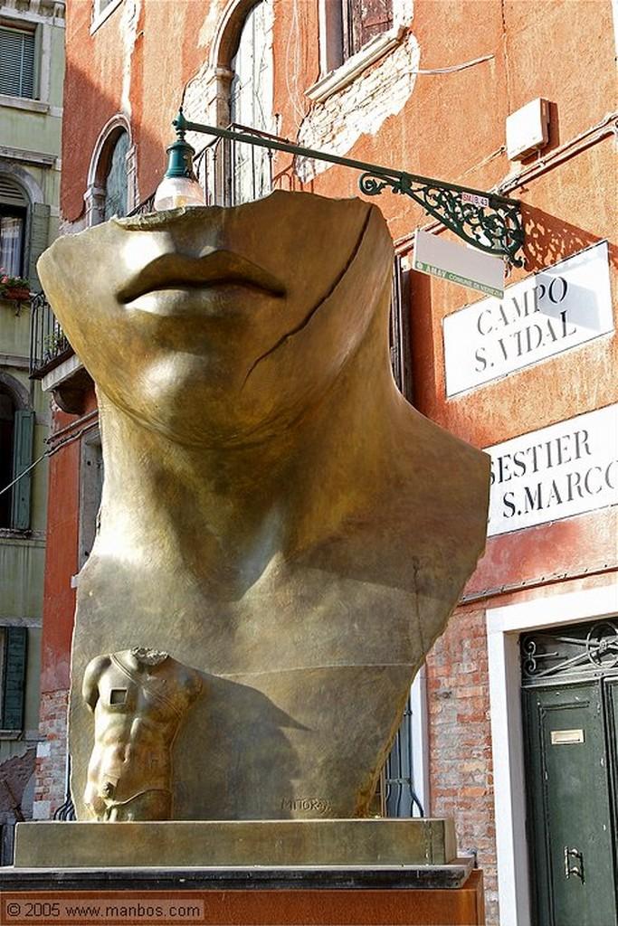 Venecia Igor Mitoraj - Rostro vendado Venecia