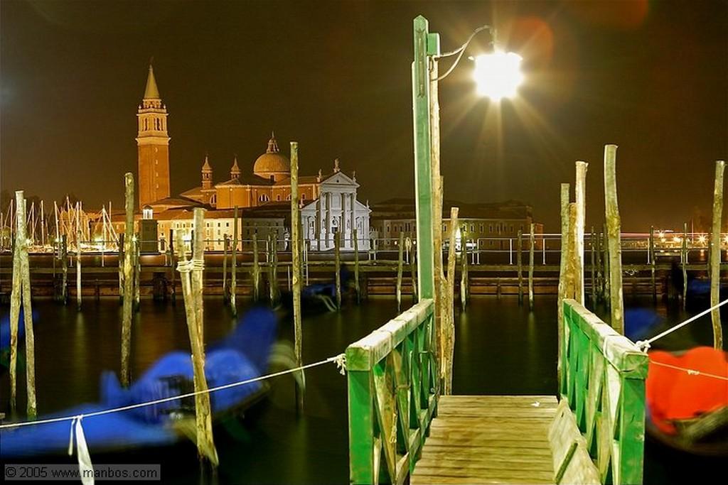 Venecia Esfera azul y La Salute Venecia