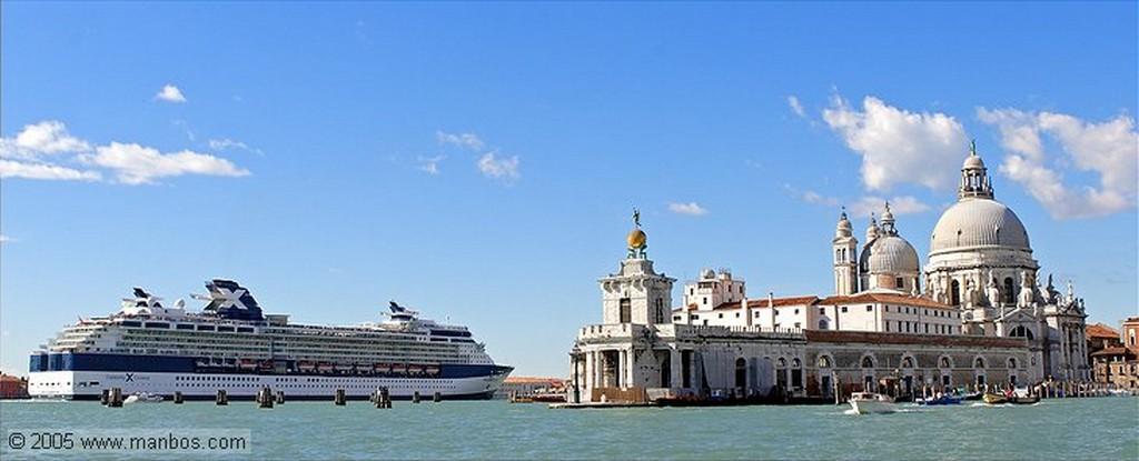 Venecia Palacio Ducal y Campanile Venecia