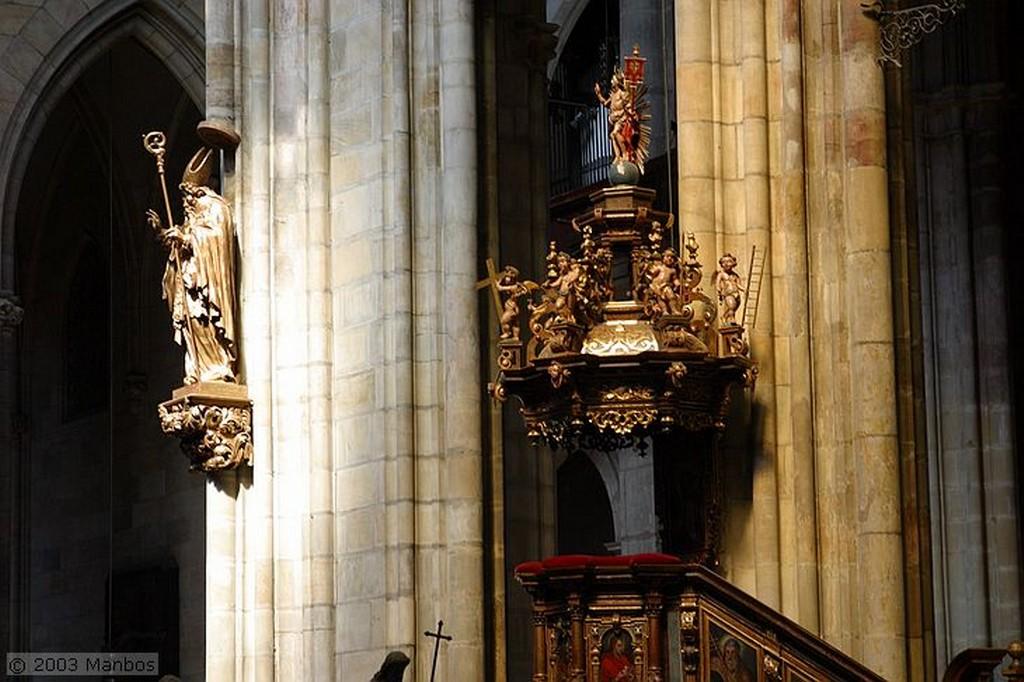 Praga Puerta Dorada Praga