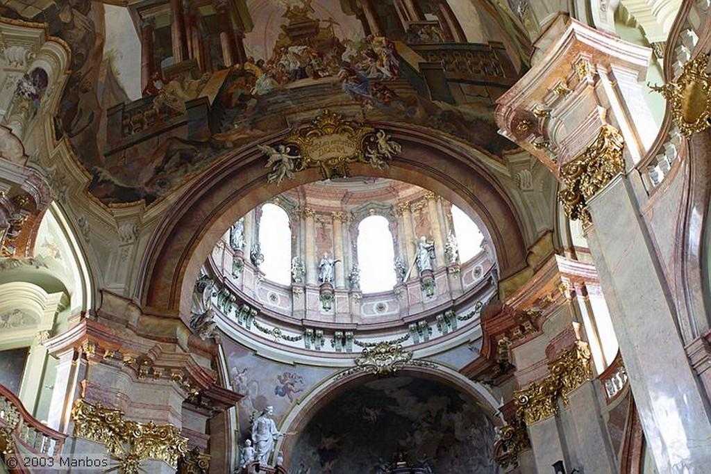 Praga Iglesia de San Nicolás Praga