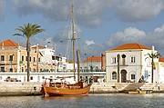 El Algarve, Rio Arade, Portugal