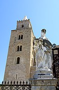 Piazza Duomo, Cefalu, Italia