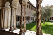 Photo of Rome, Iglesia San Juan de Letran, Italy - Claustro de la iglesia de San Juan de Letran