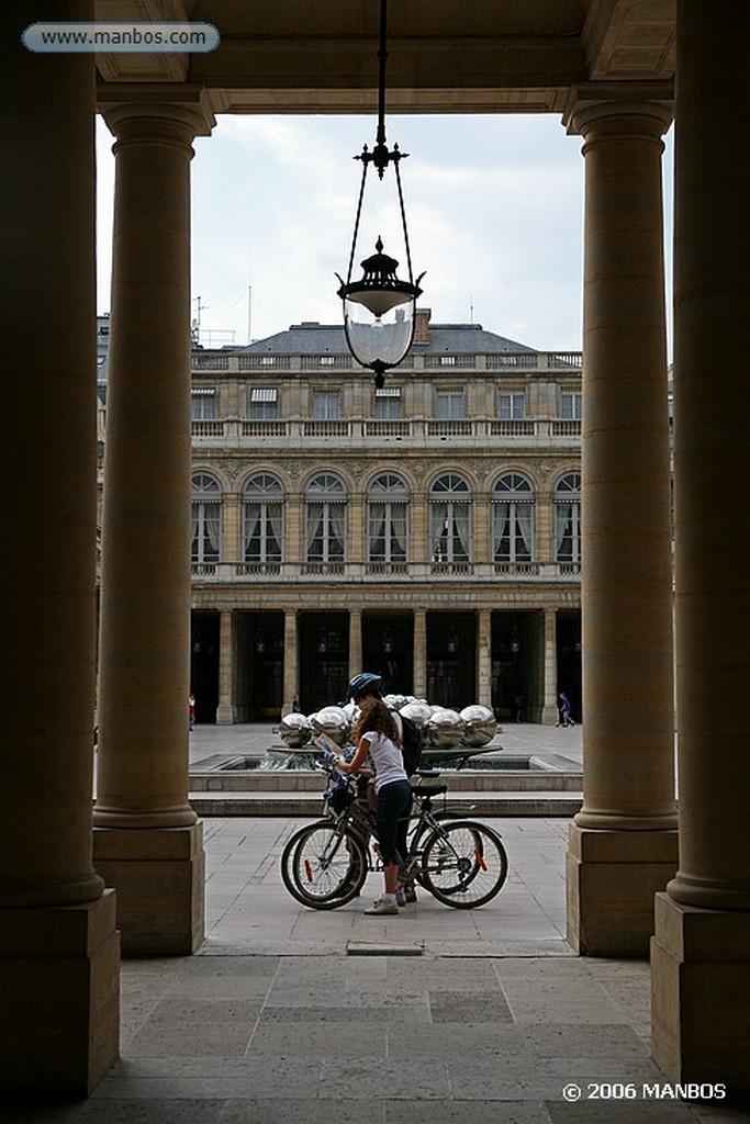 Paris Estatua y noria  Paris