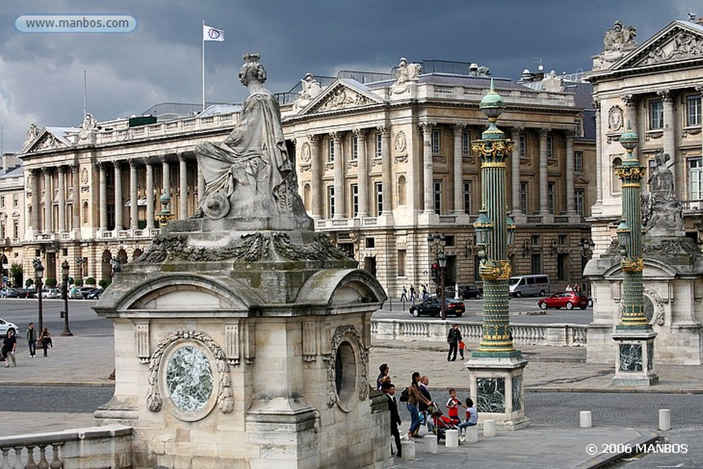 Paris Fuente de los Inocentes Paris