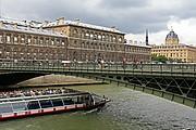 Rio Sena, Paris, Francia