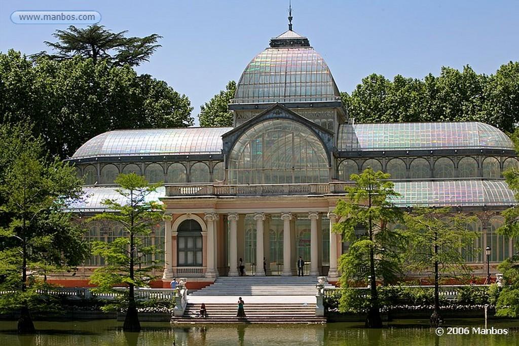 Madrid El Palacio de Cristal del Retiro Madrid