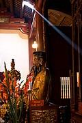 Foto de Hanoi, Lago de la Espada Restituida, Vietnam - Templo del lago Hoan Kiem dedicado a Van Xuong