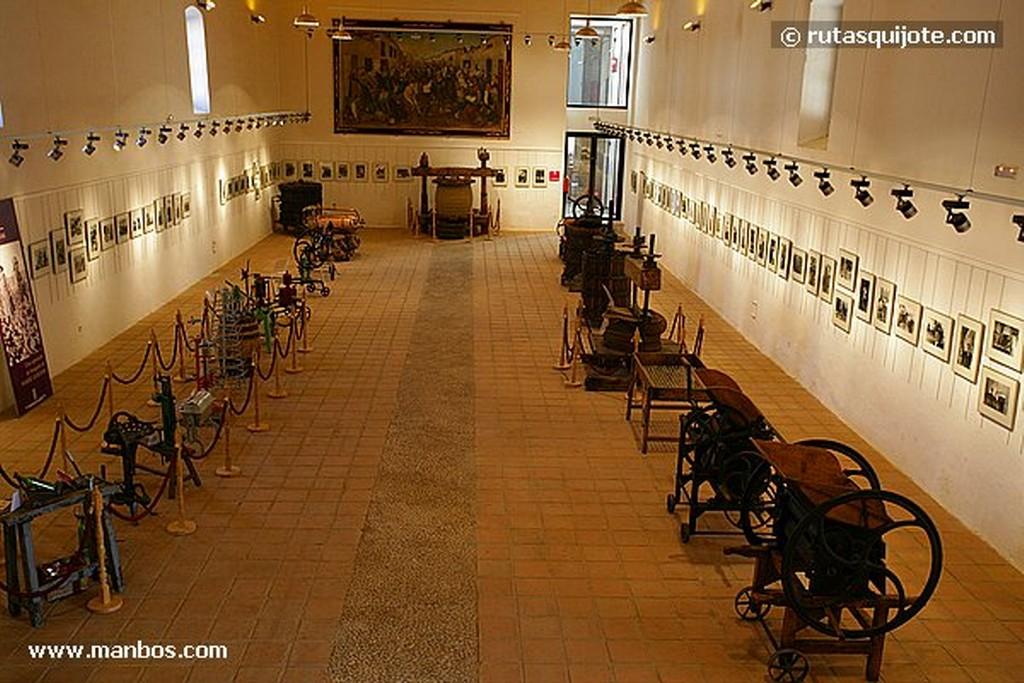 Valdepeñas Museo del Vino Ciudad Real