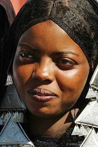 Mujer Tuareg en Tamanrasset