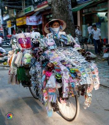 Vendedora Hanoi