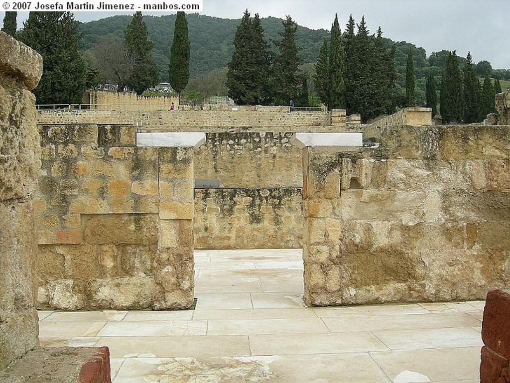 Medina Azahara Paso a los Aposentos Cordoba