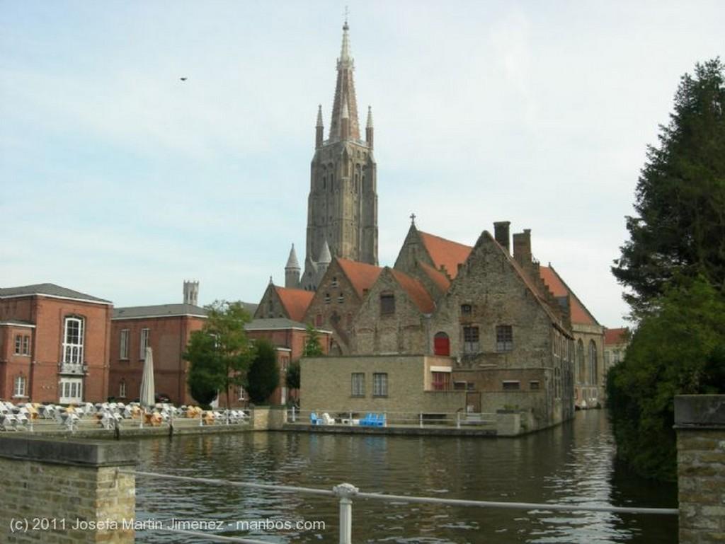Brujas Puente sobre el canal  Brujas