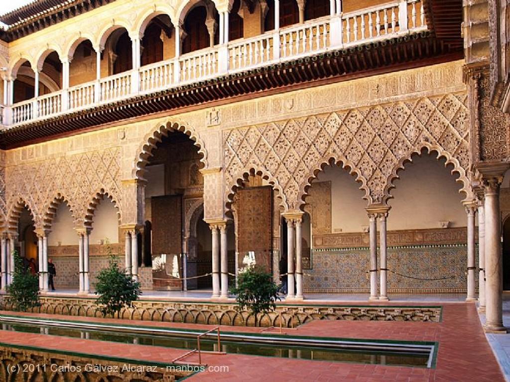Sevilla Patio árabe. Sevilla