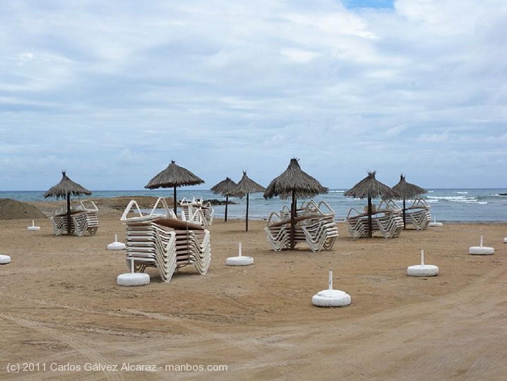 Ibiza Sombrillas y hamacas Islas Baleares