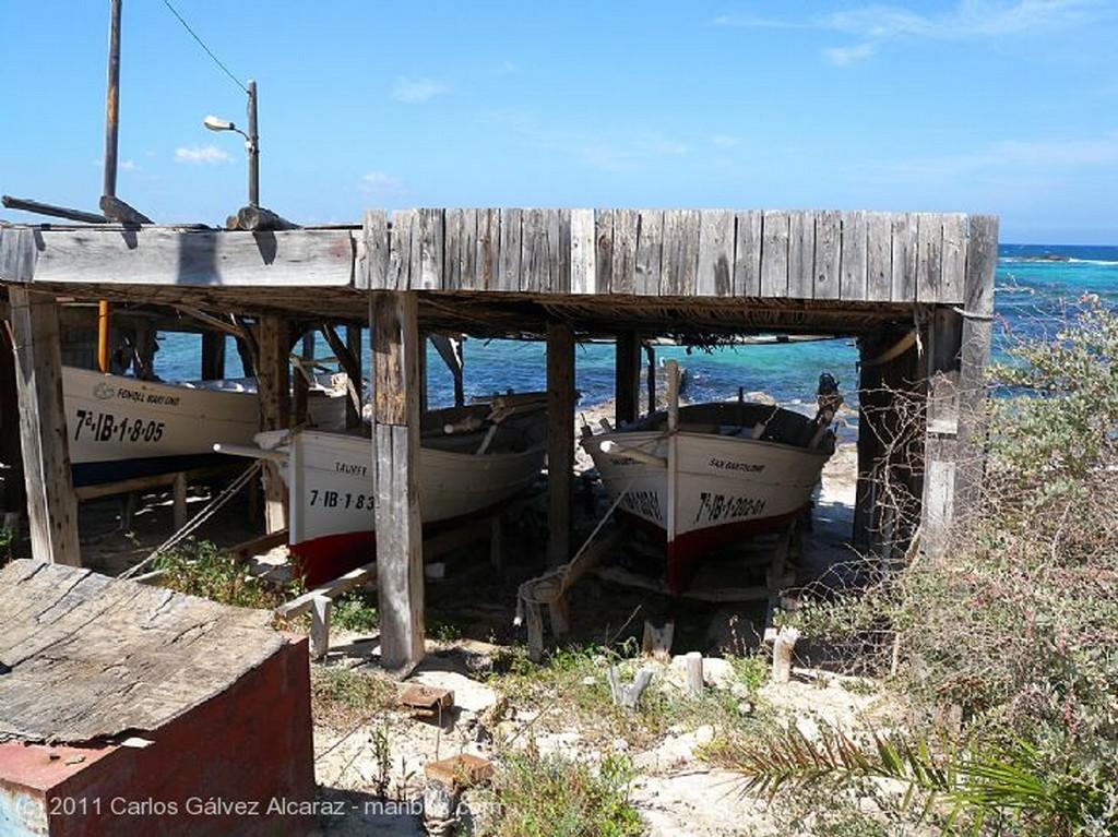 Formentera Embarcadero vacío. Islas Baleares