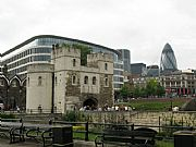 Photo of London, London Tower, United Kingdom - La City desde la Torre de Londres