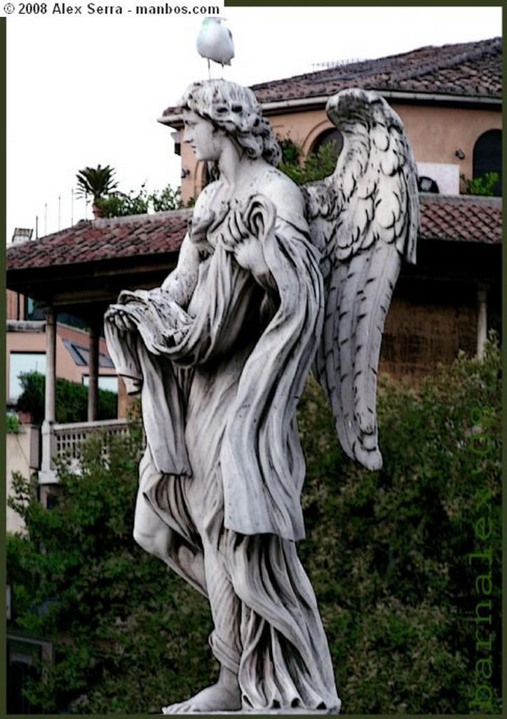Roma Demonios en las Fachadas Roma
