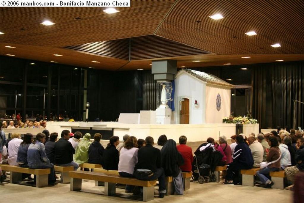 Fatima Monumento a los pastorcillos Portugal