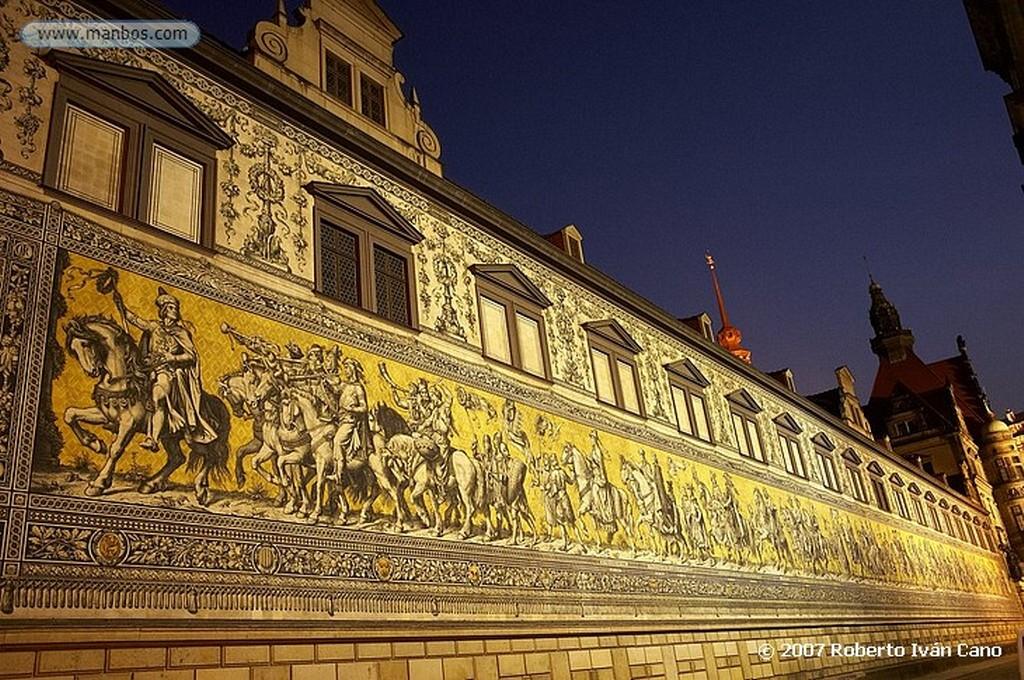 Dresde Mosaico Cortejo de los Principes Sajonia