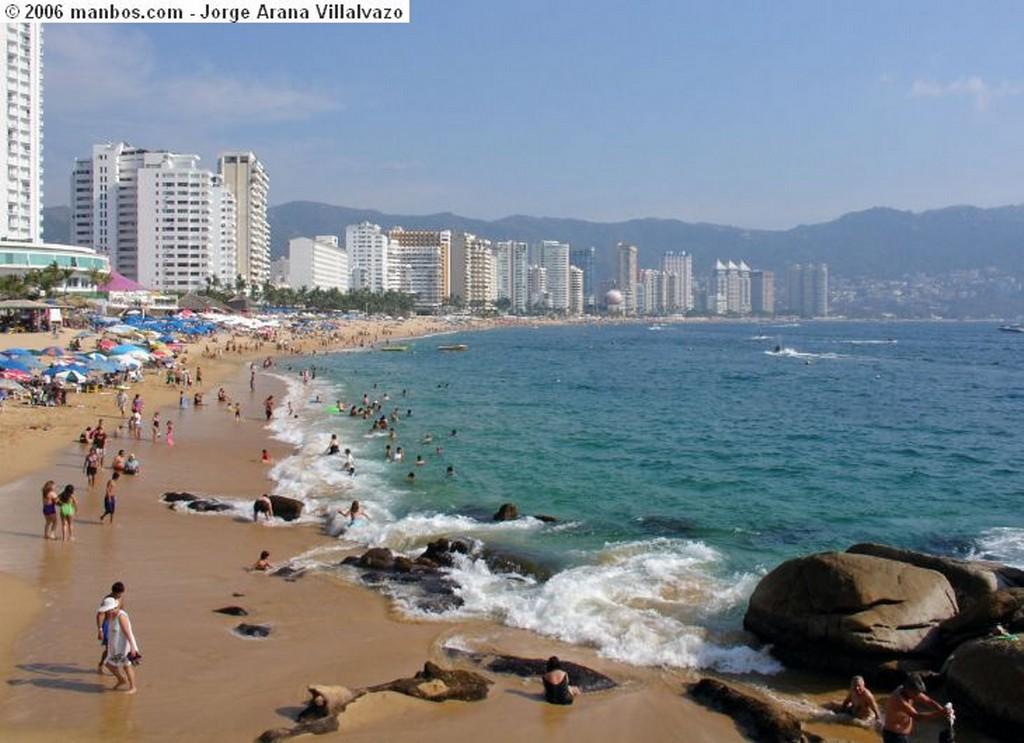Acapulco Playa La Condesa Guerrero