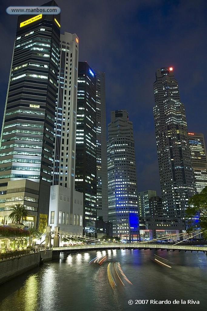 Singapur Boat Quay-Cavenagh Bridge Singapur