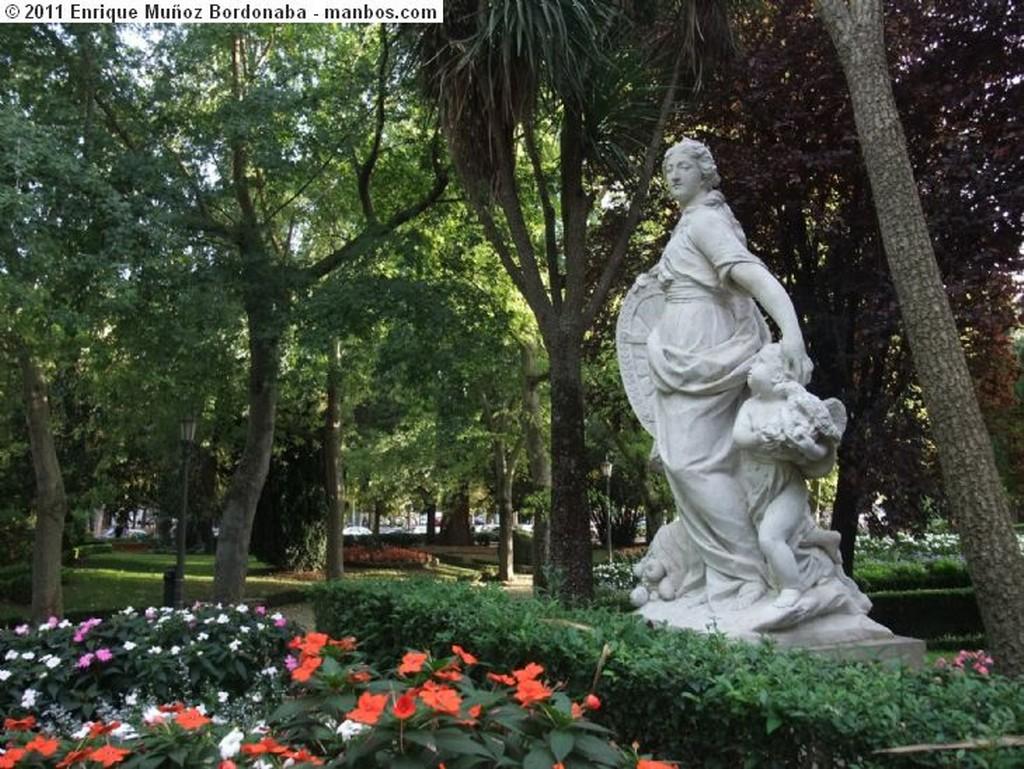 Foto de Pamplona, Parque de la Taconera, Navarra, España - Mariblanca