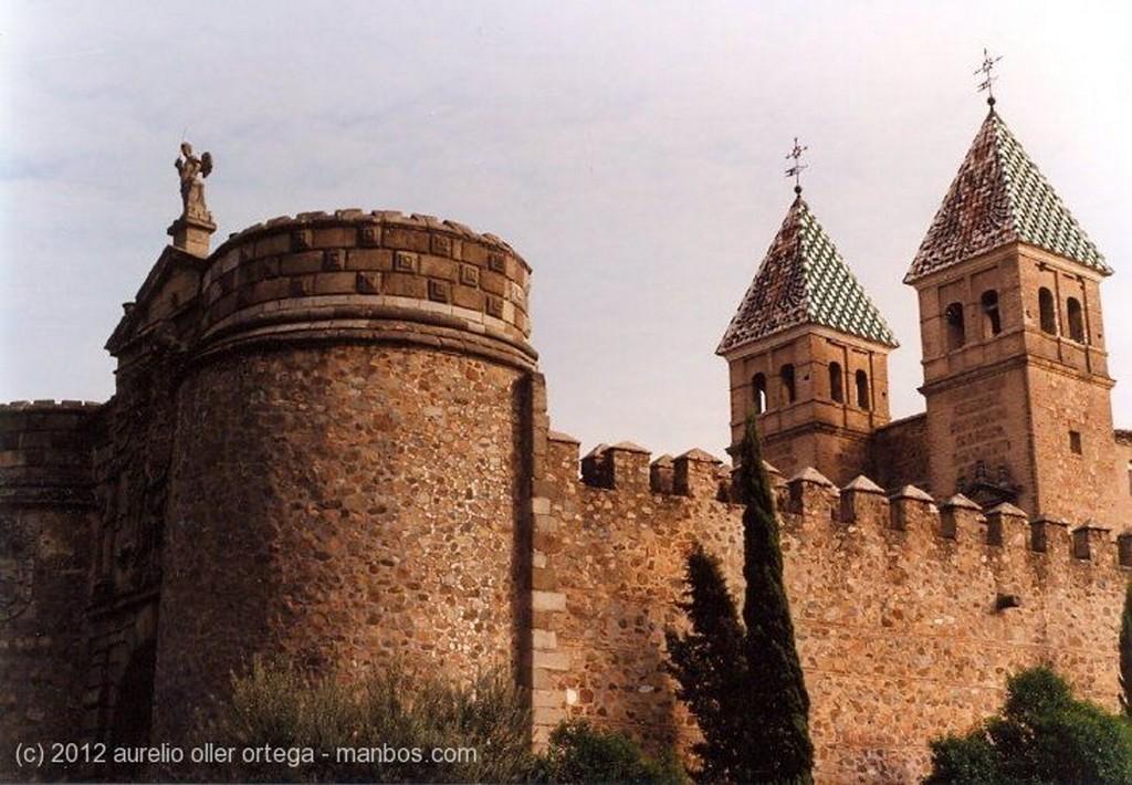 Toledo Puerta de Bisagra Toledo