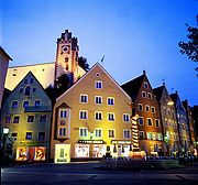 Photo of Fussen, Germany - Fussen con su castillo SXIII Baviera