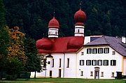 Photo of Konigssee Lake, Germany - Iglesia de San Bartolome Lago Konigssee Baviera