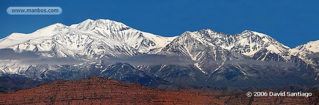 Mendoza Cordillera de Los Andes Con el Aconcagua de Fondo Mendoza Mendoza