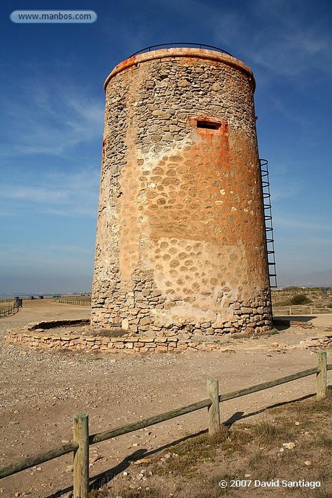 Cabo de Gata PESCADOR EN SAN MIGUEL Almeria