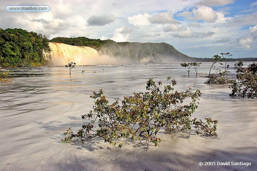 Parque Nacional Canaima Salto Hacha Bolivar