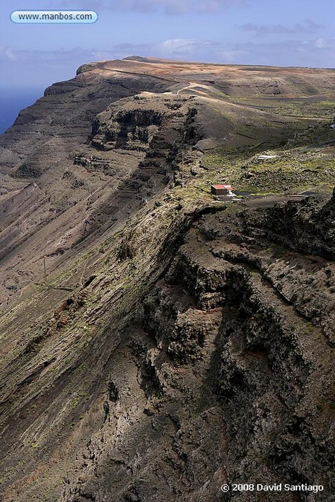 Lanzarote Acantilados de Ye Canarias