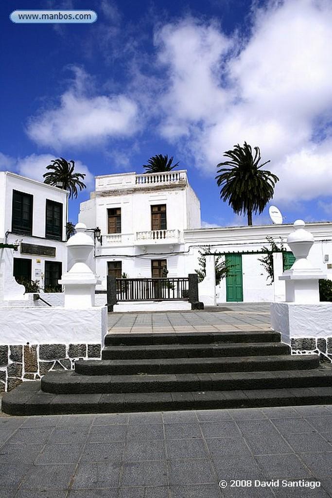 Lanzarote Entrada a Yaiza Canarias