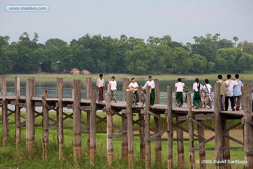 Lago Taungthaman Puente de V bein Sobre el Lago Taungthaman en Myanmar Lago Taungthaman