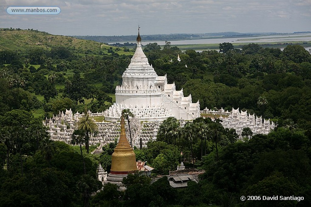 Mingun Birmanos en Mingun Mingun