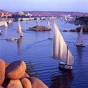 Photo of Rio Nilo, Nile River, Egypt - Faluca sobre el rio Nilo-Asuan