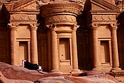 El Monasterio, Petra, Jordania