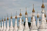 Kuthodaw Paya, Mandalay, Myanmar