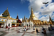 Photo of Yangon, Shwedagon, Myanmar - Shwedagon en yangon Myanmar