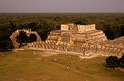 Photo of Chichen Itza, Mexico - Chichen Itza - Templo de los Guerrerosn - Mexico