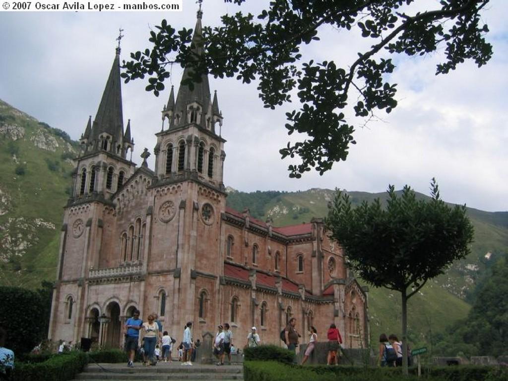 Covadonga Basilica de Covadonga Asturias